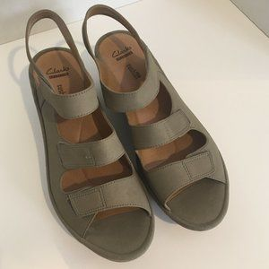 Clarks Collection Soft Cushion Sandals 10M